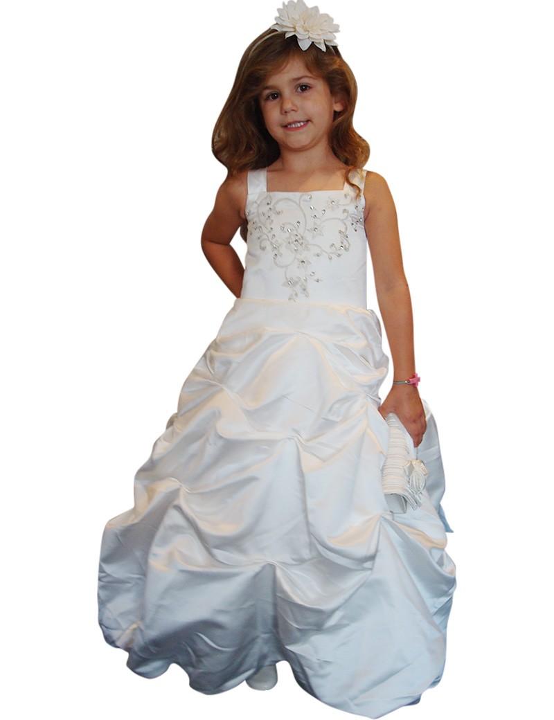 bruidsmeisjes jurk Yvette met een golvende lange rok. De kleur is ivoor.