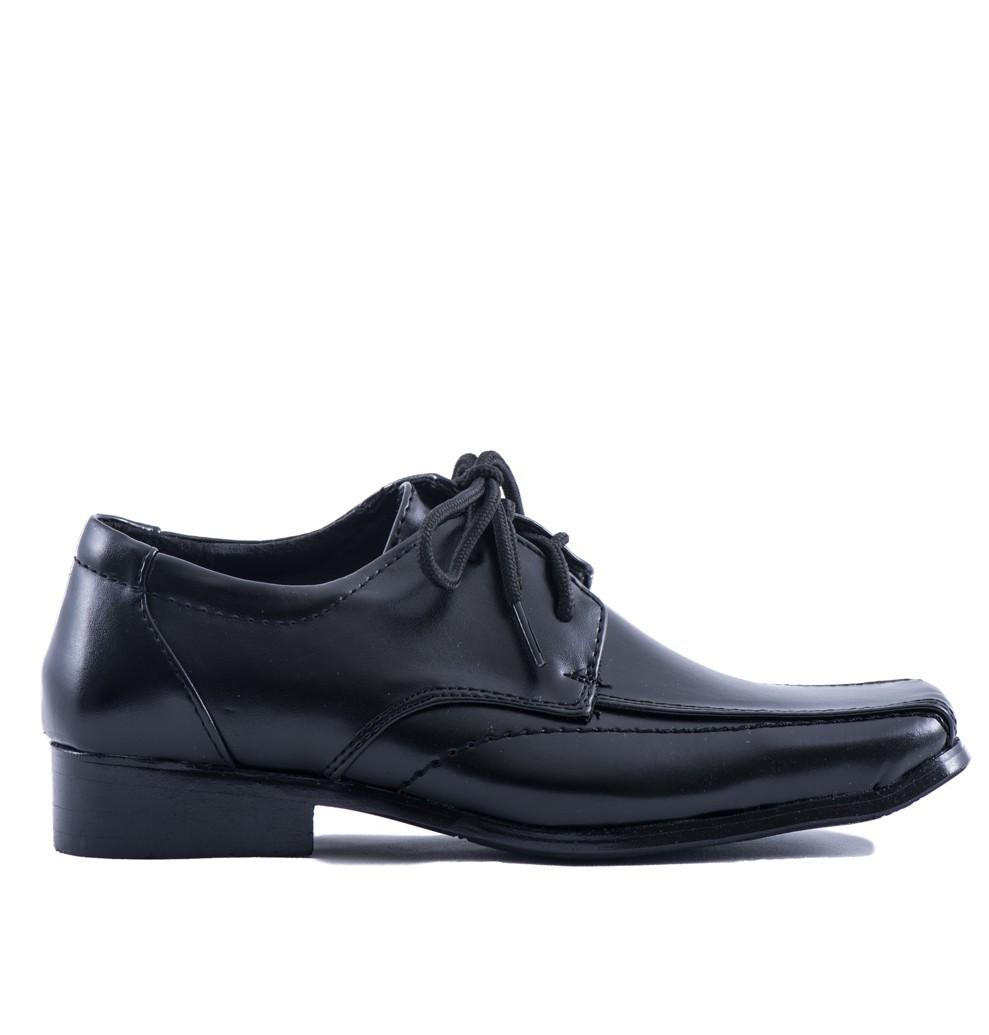 Bruidsjonkers schoen zwart met een spitse neus