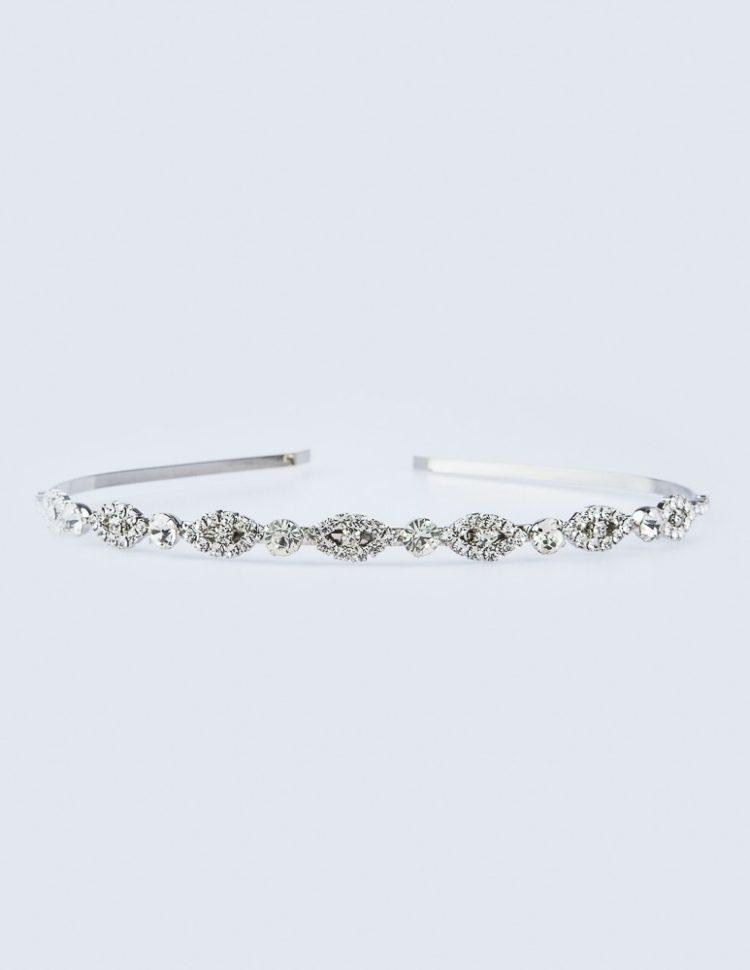 Haarband / Diadeem zilverkleurig met stras