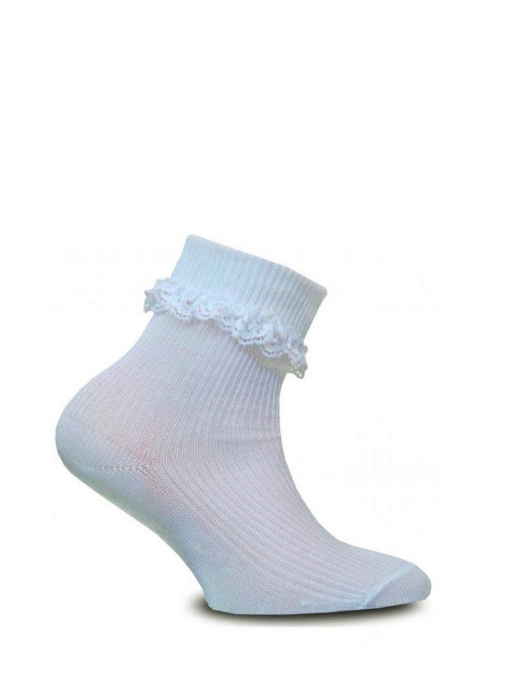 ivoor kleurige sokken met een klein kant randje