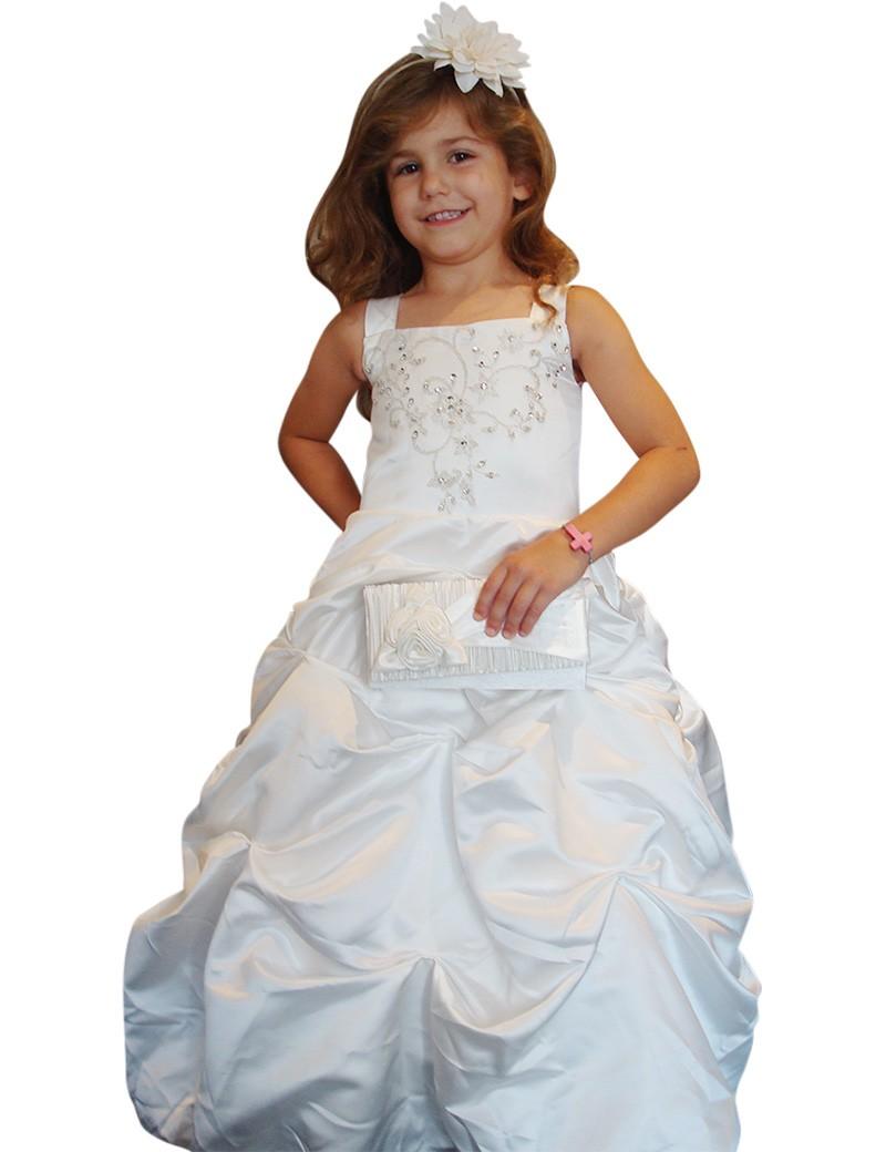 bruidsmeisjes jurk Yvette is een lange jurk in de kleur ivoor. De rok is golvend waar door je de echte prinsessen look krijgt