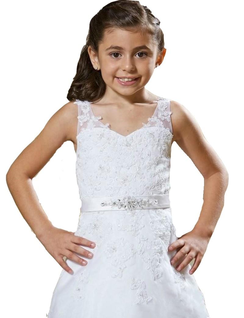 bovenlijfje jurk wendy met veel kant en parels. Om de middel zit een censuur