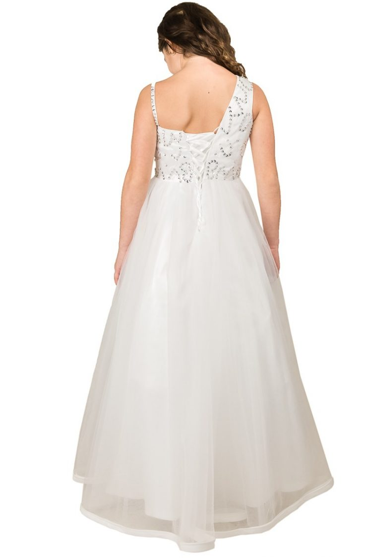 achterkant bruidsmeisjes jurk de rok is tot aan de grond. De diamantjes van de boventop lopen door naar de achter kant