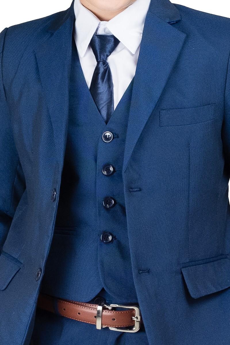 midden blauw gilet met jas detail foto