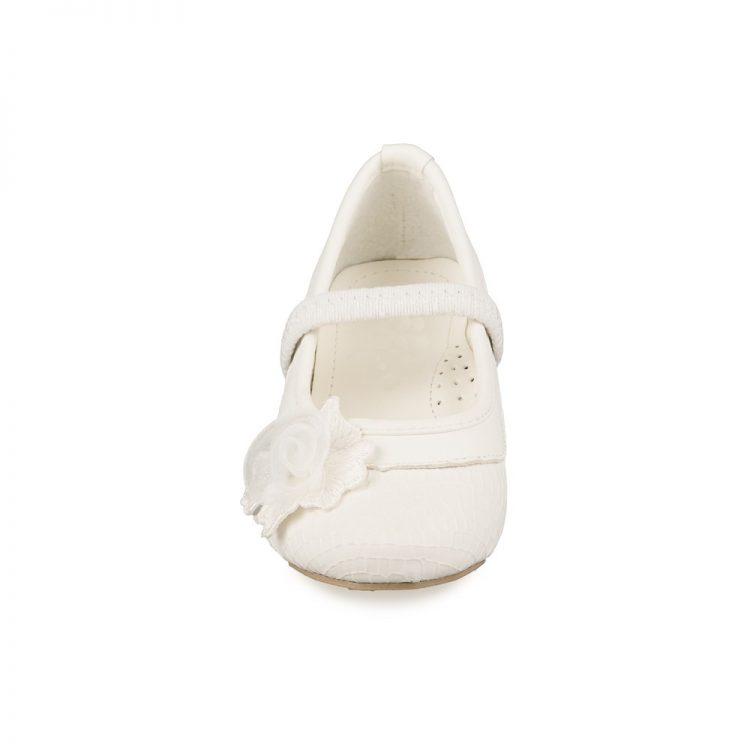 Bruidsmeisjes schoen pip met op de zijkant een bloementje