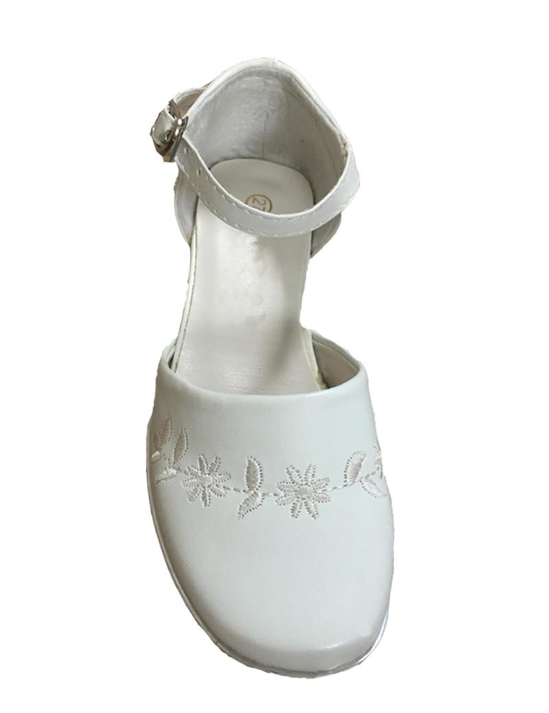 bruidsmeisjesschoen met open midden stuk en bandje om de enkel