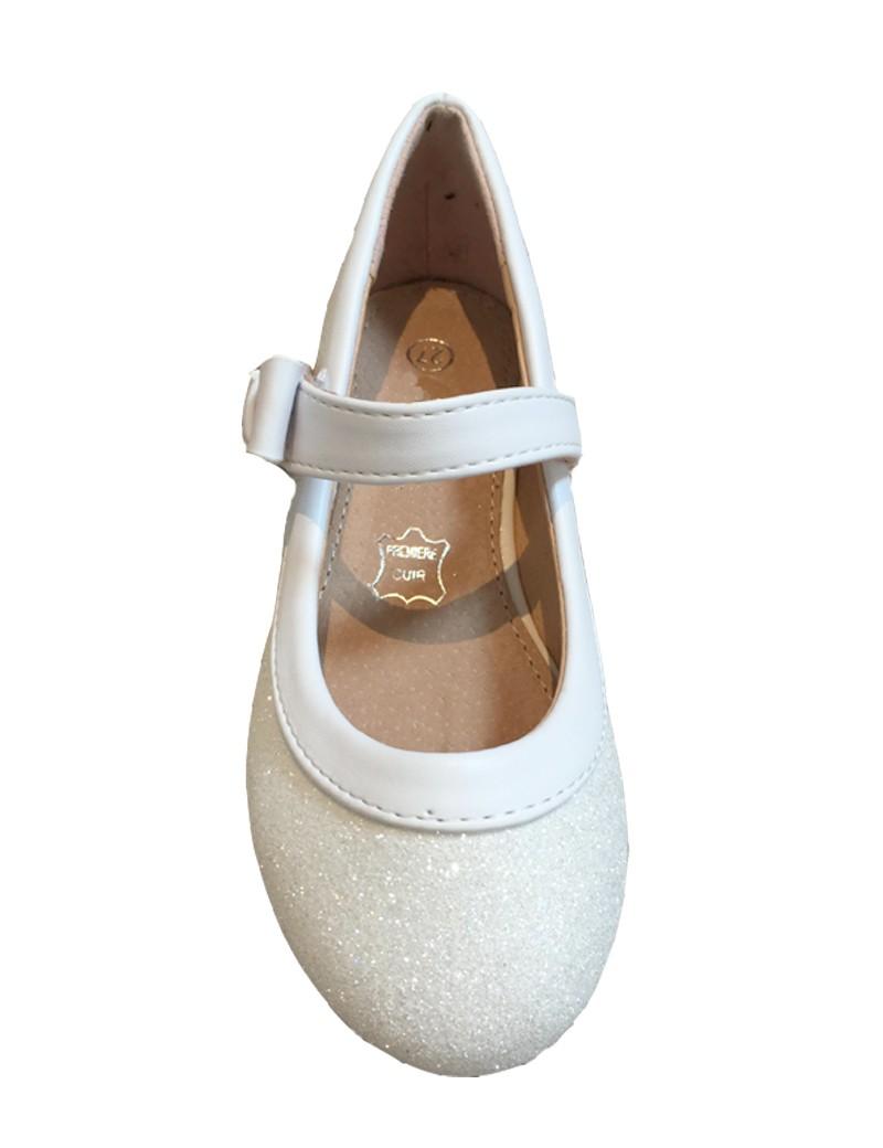 bruidsmeisjes schoen in de kleur ivoor met glitters