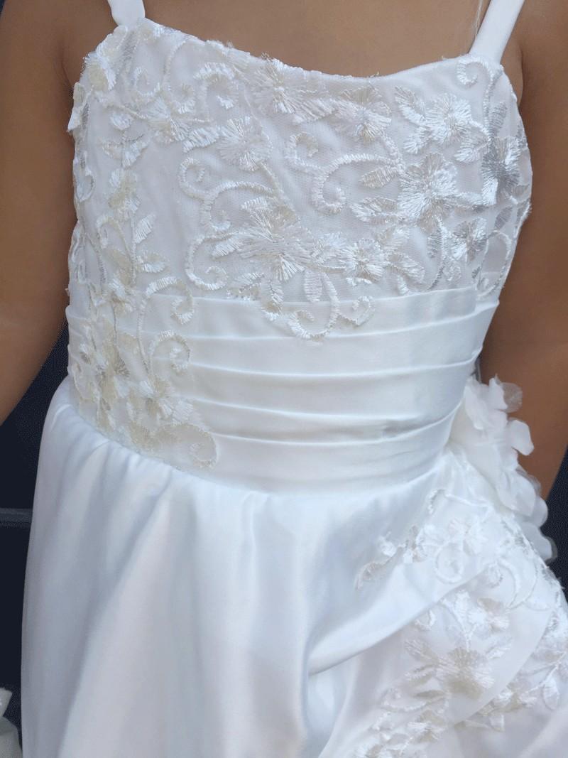 bovenlijfje jurk met geborduurde bloemen
